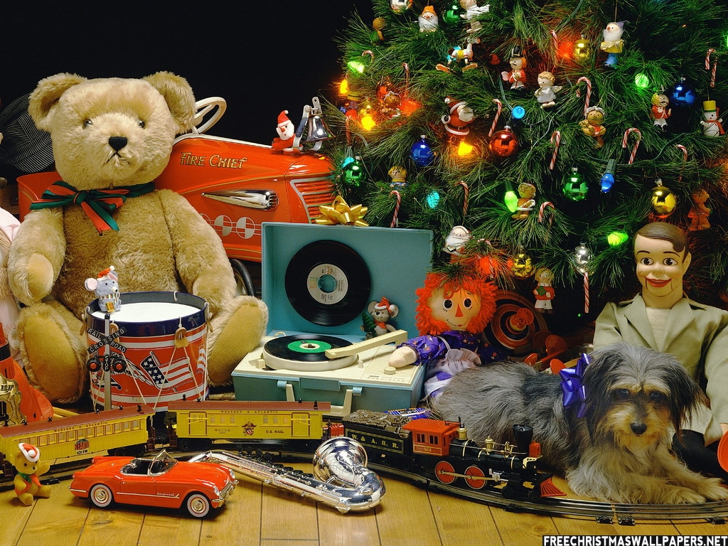Fun Toys For Christmas : Christmas gifts and their relevance for kids teens
