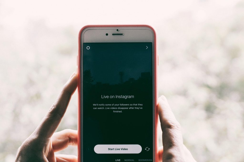 How To Use Instagram Stories To Win The Instagram Algorithm